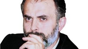 Тотю Младенов